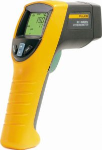 Fluke Messgeräte: Infrarot-Thermometer. Fluke Messgeräte und viele andere, verschiedene Messgeräte erhalten Sie im Messtechik Shop Elektro4000 günstig.