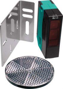 Reflexions-Lichtschranke von Pepperl und Fuchs Fabrik- Lichtschranken bestehen aus einer Lichtstrahlenquelle (dem Sender) und einem Sensor (dem Empfänger)